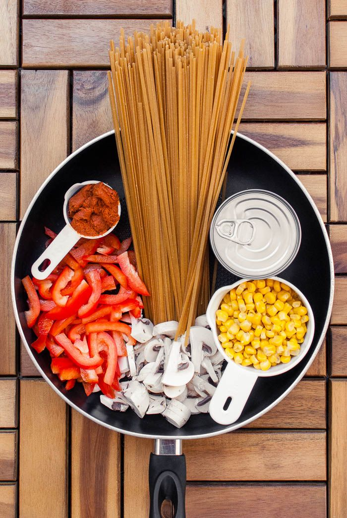 Cremig-scharfe Thai-Curry One Pot Pasta {vegan}
