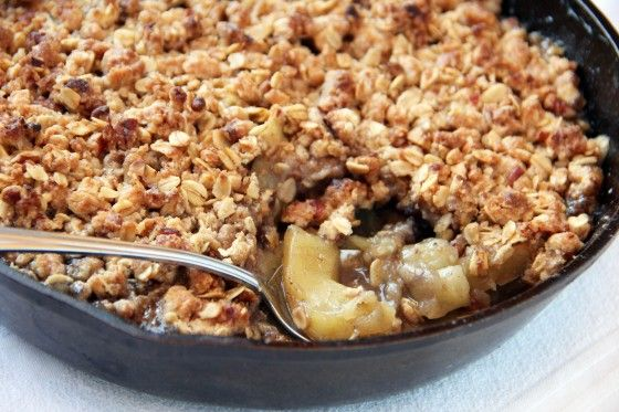 The Best Apple Crisp EVER!! SERIOUSLY! | Feastie