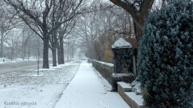 The First Snow #lakewoodohio #snowdays