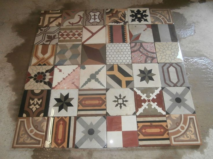 Antique encaustic patchwork tiles - panel  400 tiles - 172sq ft floor or wall