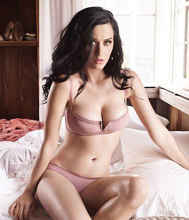 Top 10 Sexiest Girls in the World 2015