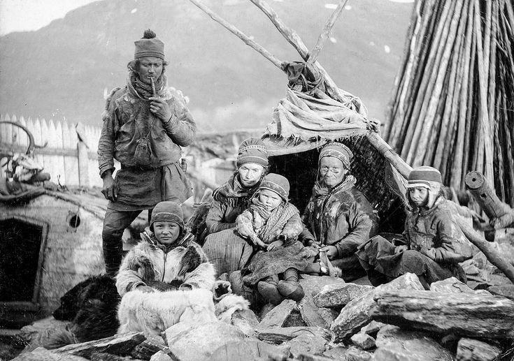 Sami people in 1894, Tromsø Norway. Samiske folk i Tromsø, 1894. | Flickr - Photo Sharing!