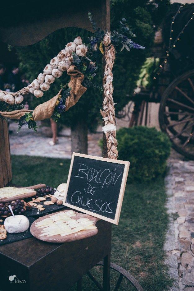 La Boda de Laura y José. Catering El laurel. Foto: Kiwo @telva  #realwedding #boda #finca #catering