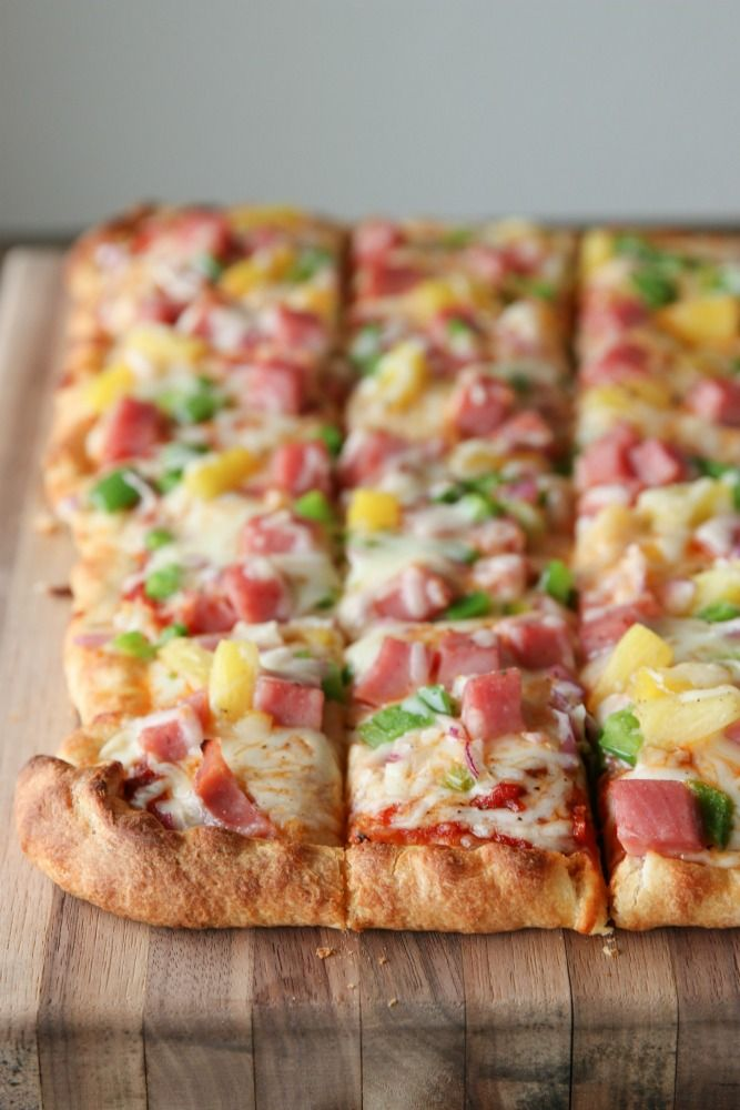 Leftover Ham Hawaiian Pizza