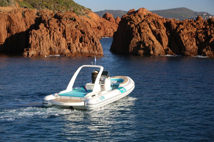 Wimbi Boats Pneumatique Bateau Yacht Semi-rigide Ocean W9i navigation Mer BWA