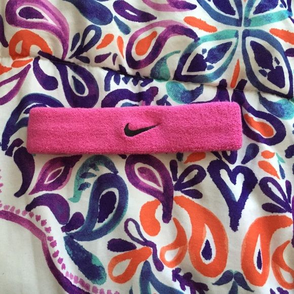 PINK NIKE HEADBAND 🎀 Pink nike sweatband headband. Only worn once, like new. Purchased from sports authority. No trades no PayPal! If you have any questions let me know ☺️ Nike Accessories Hair Accessories