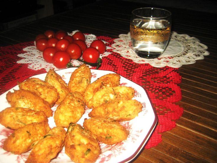 LAS RECETAS DE MAMA ROSA para #RecetarioMañoso Pasteles portugueses de bacalao
