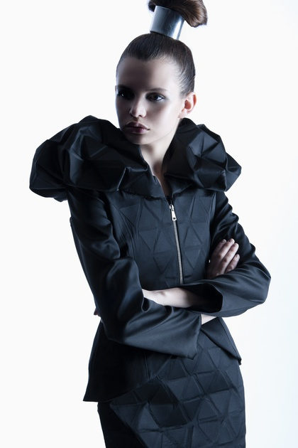 Sculptural Fashion - innovative tailoring using flexible geometric fabrics; 3D fashion // Renfang