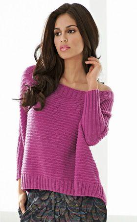 Den meget nemme sweater med flagermusærmer er strikket i det allerblødeste kashmirgarn