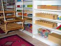PŘIPRAVENÉ PROSTŘEDÍ | Doma s Montessori