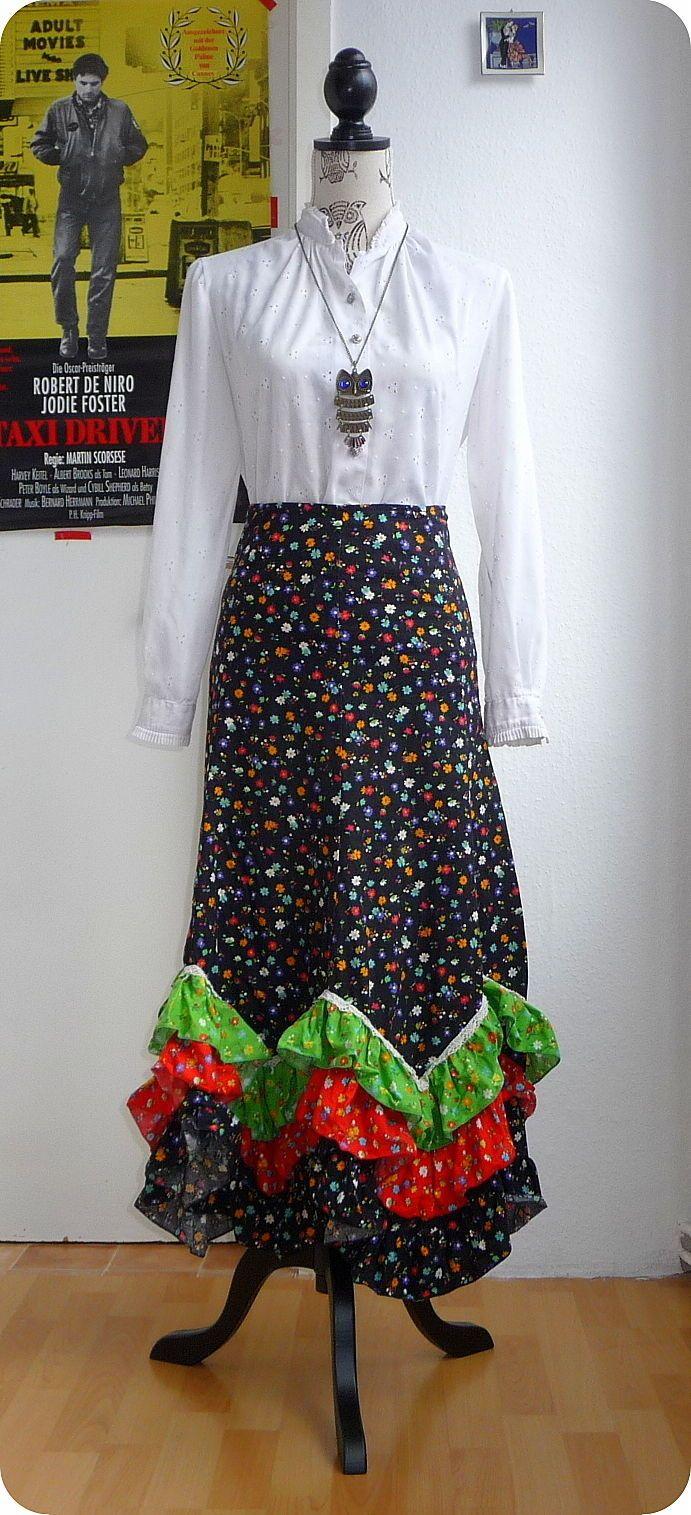 Vintage Maxi Rock 60er 70er Hippie Gypsy Boho XS-S Skirt Blumen Zipfel Rüschen in Kleidung & Accessoires, Vintage-Mode, Vintage-Mode für Damen | eBay