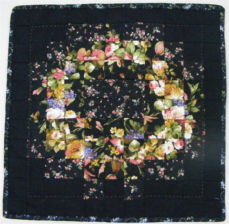 Quiltshop 100 rozen: Watercolor quilt met zwarte achtergrond