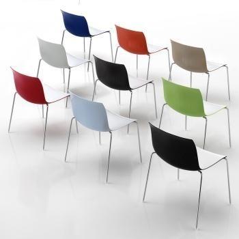 De Arper Catifa 53 is ontworpen door Lievore Alther Molina voor Arper. Deze stoel is uitgevoerd met een vierpootsonderstel zonder armleuningen. De zithoogte 45cm. E 166