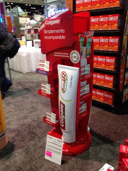 merchandising-point-of-purchase-display-colgate-total | Middleton Group Inc.