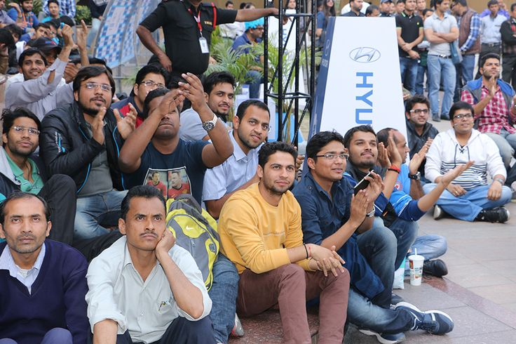 The atmosphere was absolutely electric at DLF Promenade Mall, New Delhi, as excited cricket fans witnessed the live telecast of India vs Pakistan World Cup match at the Hyundai Fan Park.