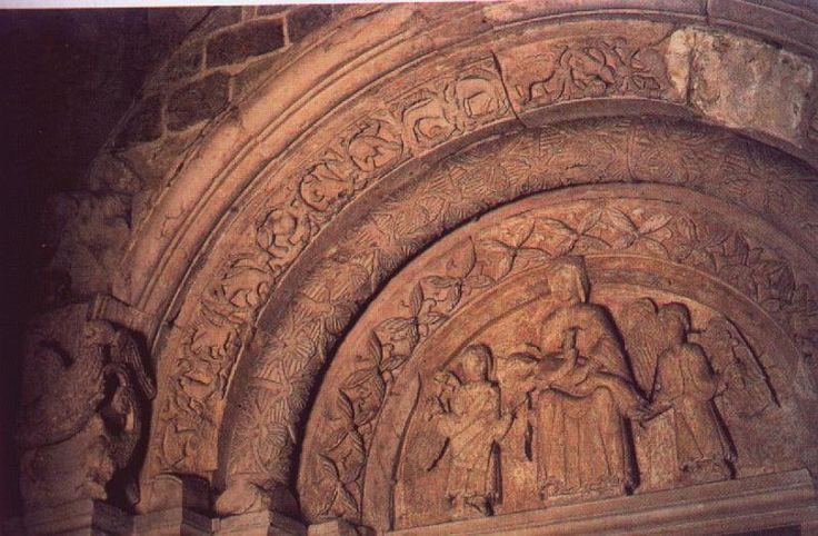 Portal pd. uskokowy, Tum pod Łęczycą, ok 1160