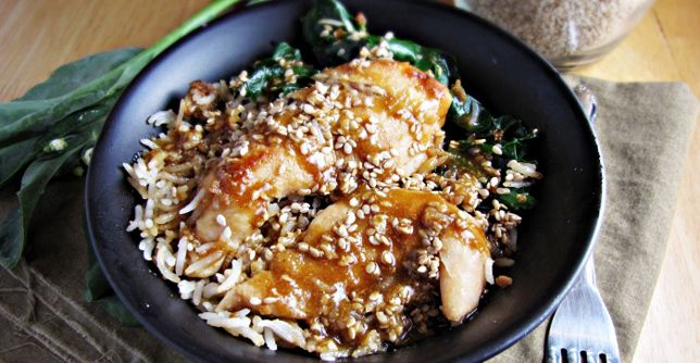 Sesame Chicken bowl - Try this healthier take on a classic takeout dish next time you're craving Chinese!