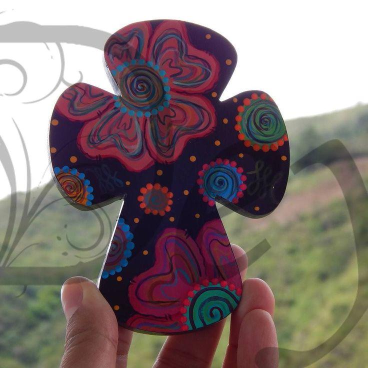 Cruz!  #pintura #pinturacountry #diseñoartesanal #artesania #diseño #artesanal #artesanato #hechoenmérida #hechoamano #manualidades #decoración #Mérida #Venezuela #handmade #cute #creatividad #crafts #ideas #deymanualidades