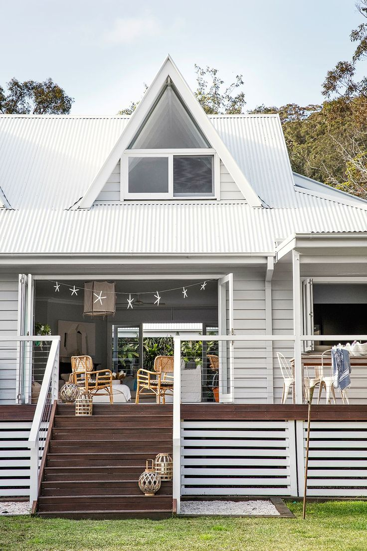 An exemplary coastal Australian deck, updated with easy transition points from…