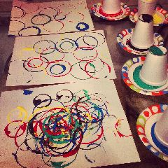 Olympic Ring Graffiti Art: Winter Olympics Crafts for kids. #StayCurious