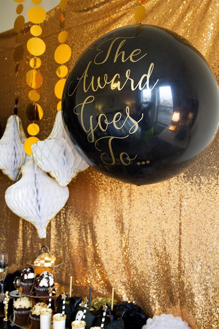 Black and gold Oscar Party- Oscar Balloons! -See More Oscar Party Ideas On B. Lovely Events