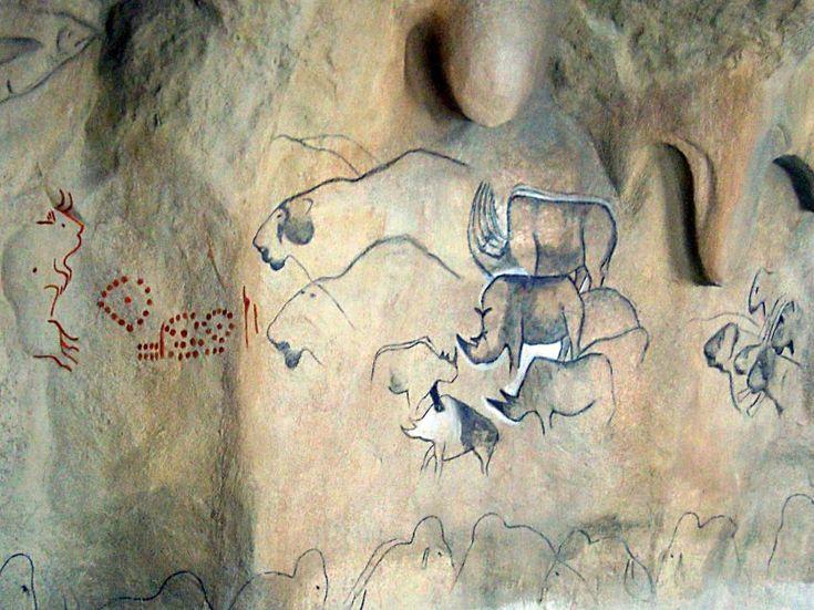 Malby na stěně jeskyně | Zdroj: Archeopark Všestary