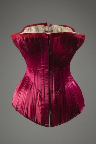 Warner Bros. corset, circa 1889, USA (Photograph courtesy The Museum at FIT)