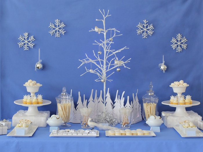 beautiful dessert table...would be great for a Christmas or New Years Eve party