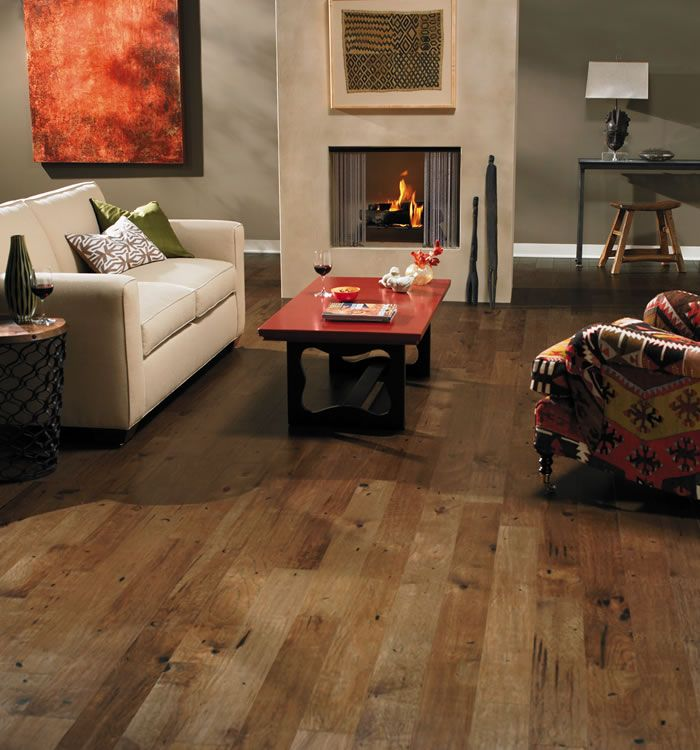 Hickory floor with distinctive grain and character marks for Columbia flooring reviews