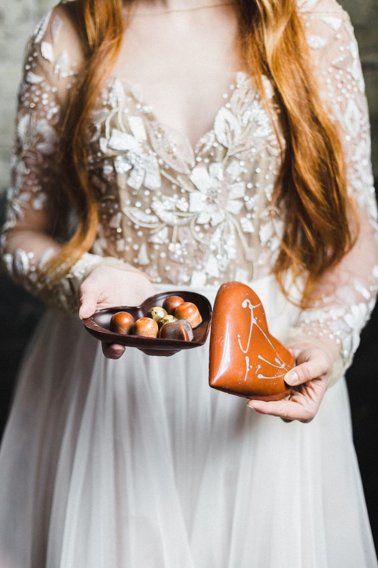 Moody Styled Shoot, custom chocolates, Hayley Paige Gown Photo by Charmaine Mallari #winnipegweddings #styledshoot #wedding #hayleypaige #customchocolates #itsallinthedetails #inspiredeleganceevents