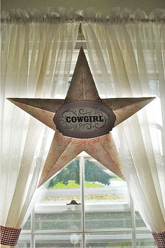 Barn Star for Western Themed Party - make stars out of paper
