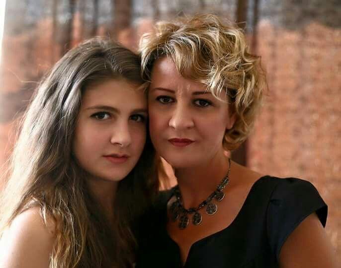 Naz Çağla Irmak ve annesi!