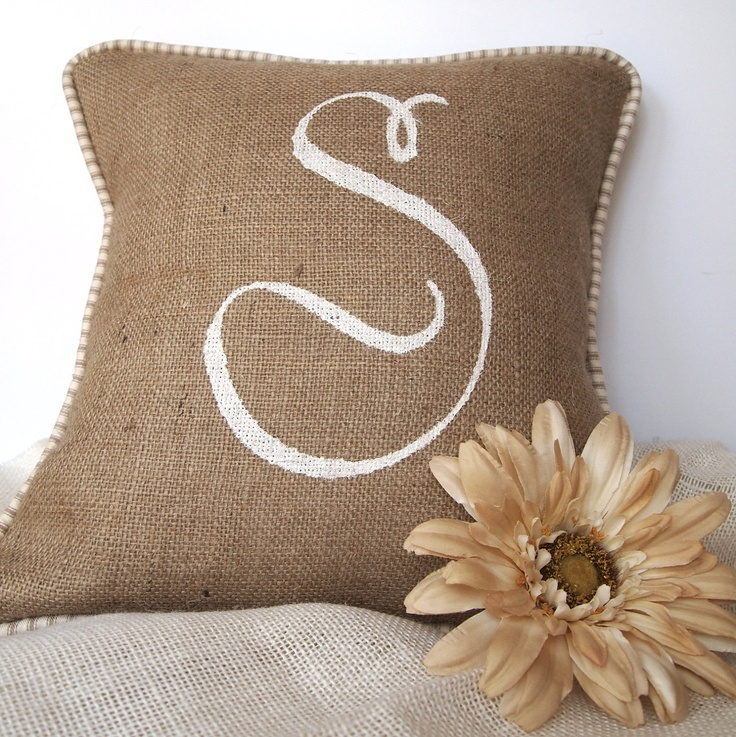 77 best painted pillows images on pinterest accent for Hand painted pillows