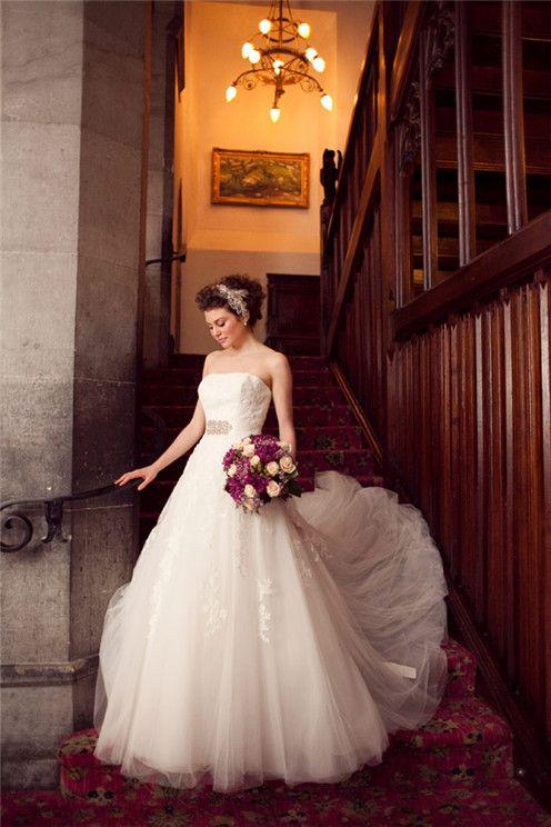 lace wedding dress , gorgeous
