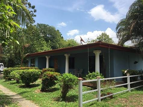 1600 sqft Home For Sale in Uvita Uvita, Puntarenas. For Sale at $189,000.00. 3 Bedroom Home located in Uvita Close to National Park, Uvita Dominical.