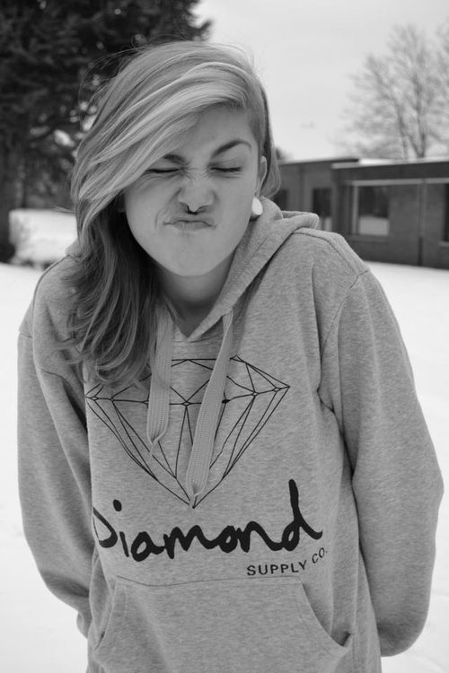 Diamond supply hoodie. Want!
