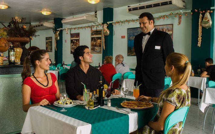 Mejores 11 im genes de hotel saint john s en pinterest for Hotel familiar en capital