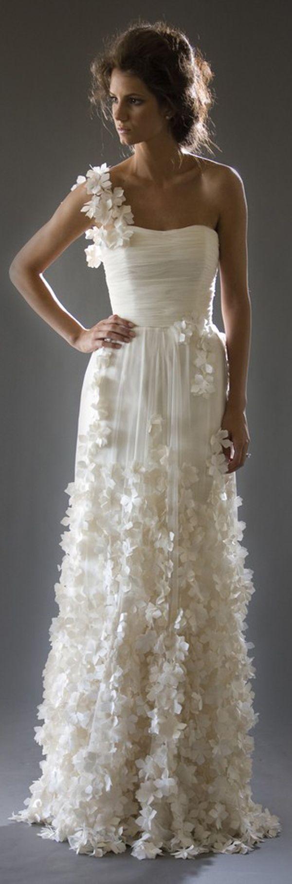 boho hippie wedding dress, Bohemian wedding, floral detail.