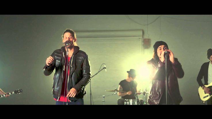 Jordan Feliz feat. David Dunn || Song Sessions - Drag Me Down (One Direc...