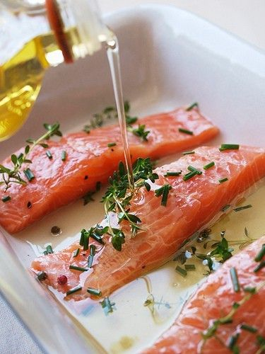 how to prepare raw salmon to eat