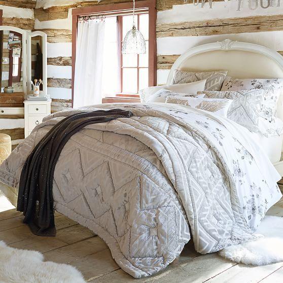 Best 25+ Bohemian quilt ideas on Pinterest   Teal quilt, Strip ... : quilts for master bedroom - Adamdwight.com
