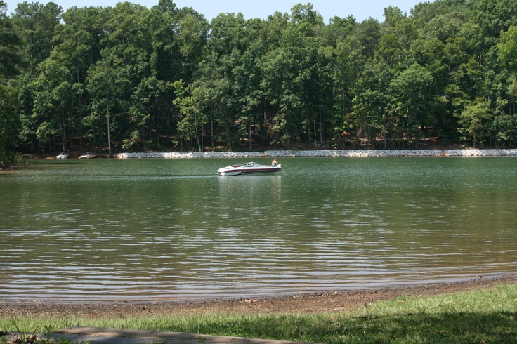 Coneross campground lake hartwell sc favorite places for Lake hartwell fishing hot spots