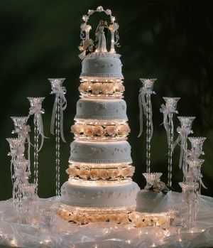 lighted wedding cake stand 32 best images about illuminated cake stands on 16865