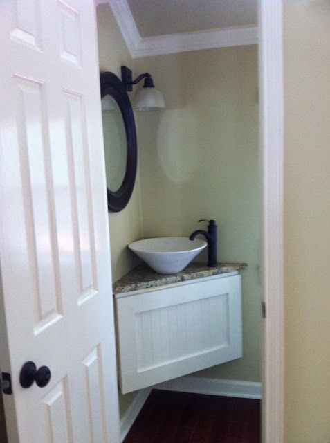 Making the Most of a Tiny Powder Room | Here's What You Do