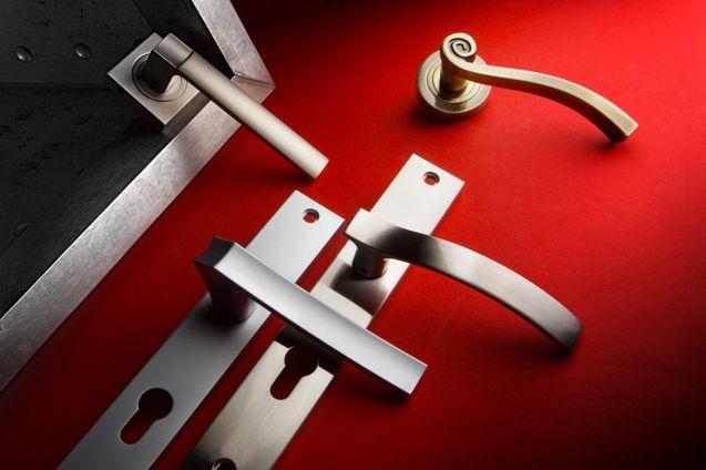Kolekcja Rose #gamet #doorknob #doorhandle #knobs #handles #design #retro #rustical #vintage