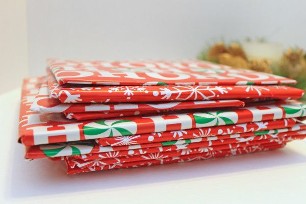 ΧΡΙΣΤΟΥΓΕΝΝΑ ΜΕ ΤΟ ΠΝΕΥΜΑΤΙΚΟ ΚΕΝΤΡΟ ΤΟΥ ΔΗΜΟΥ ΑΘΗΝΑΙΩΝ (2014-2015) - Μία εναλλακτική πρόταση στην επιλογή των χριστουγεννιάτικων δώρων προσφέρει ο Οργανισμός Πολιτισμού, Αθλητισμού και Νεολαίας του δήμου Αθηναίων, καλώντας το κοινό να επισκεφτεί το βιβλιοπωλείο του ...