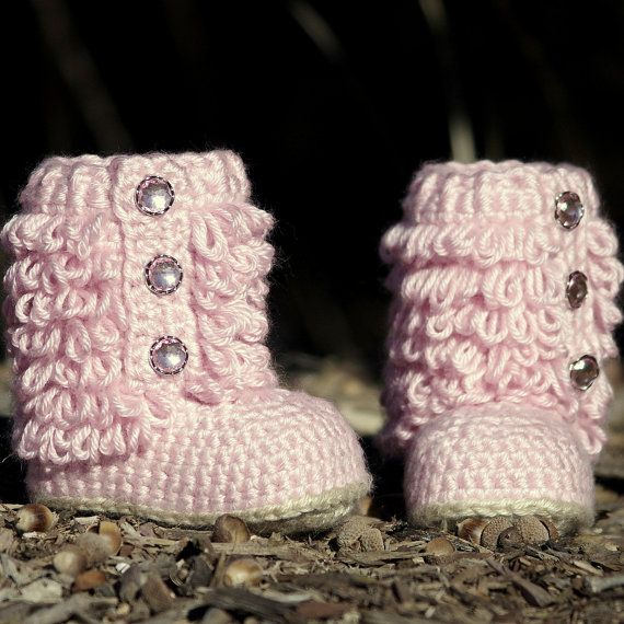Little Diva Boots, adorable! Looks like the designer used the loop stitch!