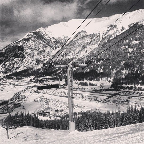 Copper Mountain, CO #colorado #copper #coppermountain #skiing #black #white #blackandwhite #mountains #igers #igdaily #ignation #igersoftheday #insta #instago #instasg #instagood #instagram #instalike #instamood #instagramhub #jj #jj_forum #all_shots #iphonesia #iphoneonly #textgram #teamburkelife