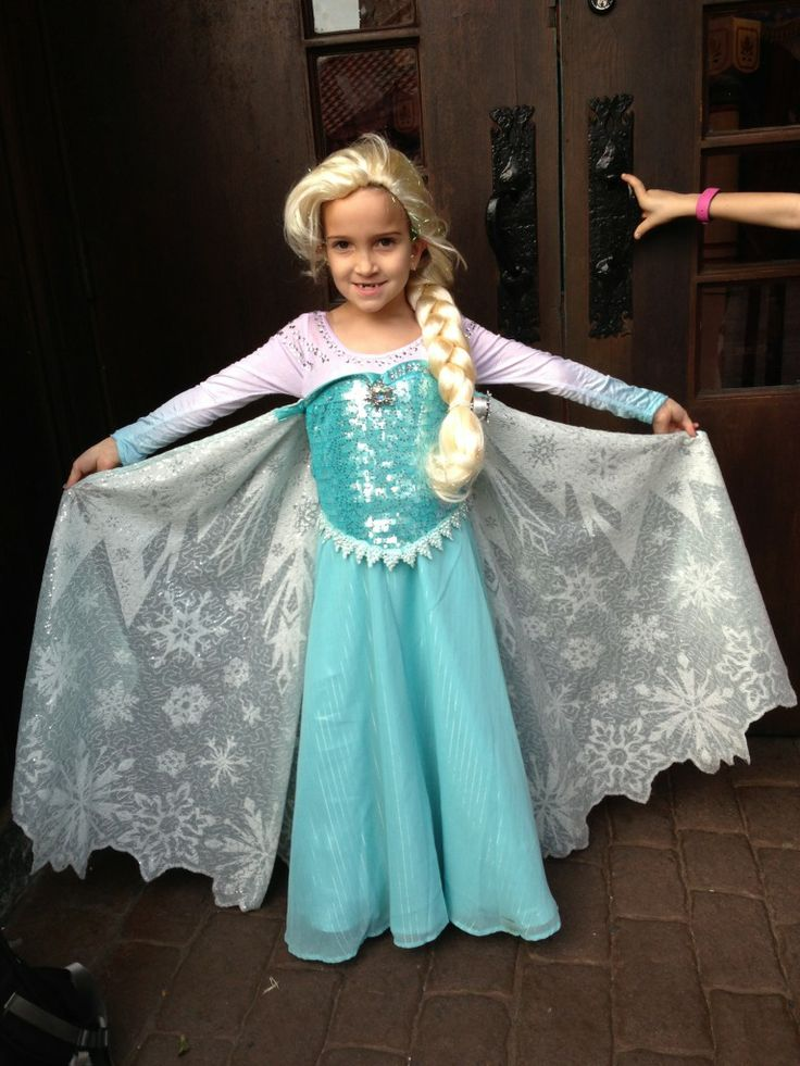 Pictures of the Parks Elsa dress? - The DIS Discussion Forums - DISboards.com