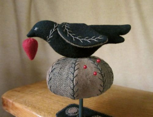 Primitive Folk Art Wool Bird Tuffet Pincushion Clamp Strawberry Pinkeep+Mat PRHG